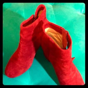 Splendid Red Suede Boots